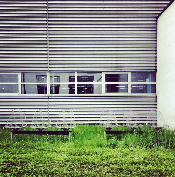 vitrahaus Eames Benches