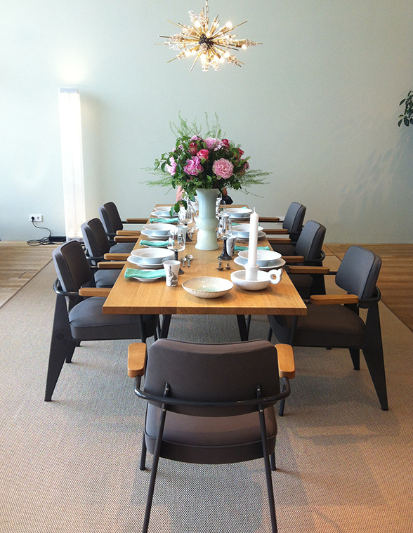 Importance of home dining table