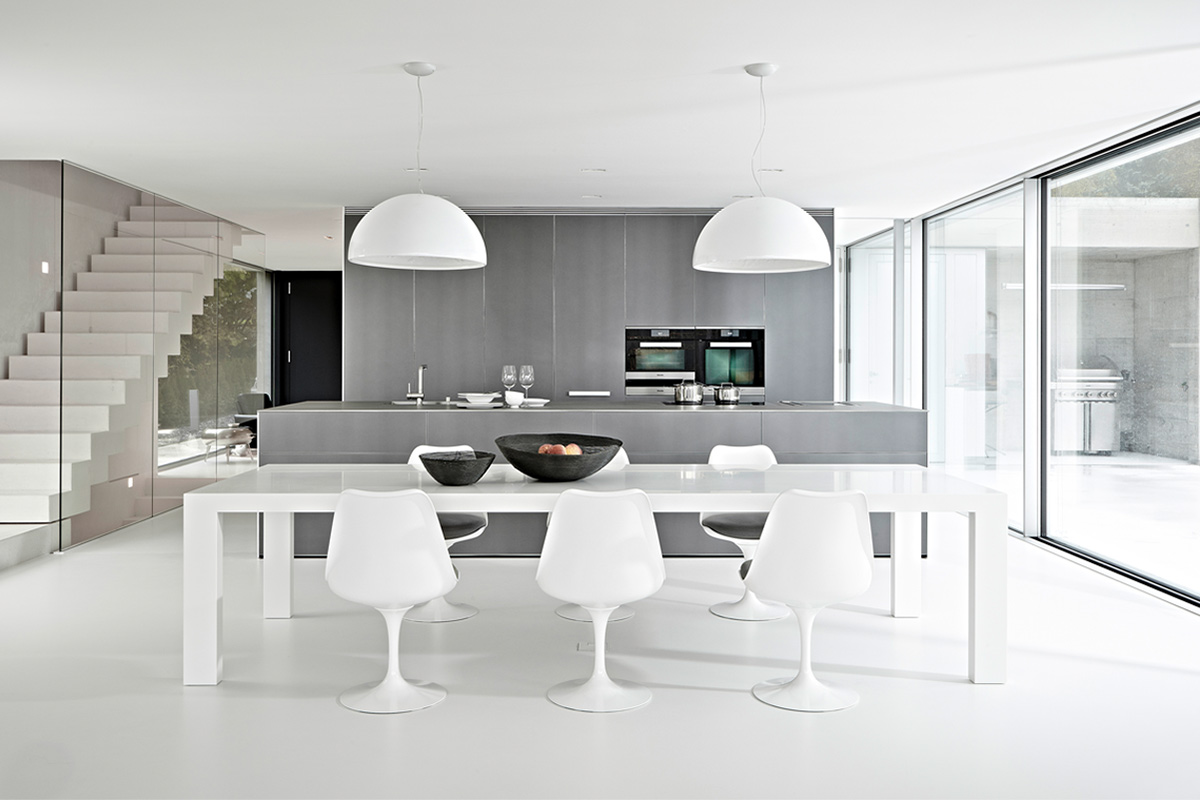 Knoll Tulip Chairs in a contemporary kitchen setting