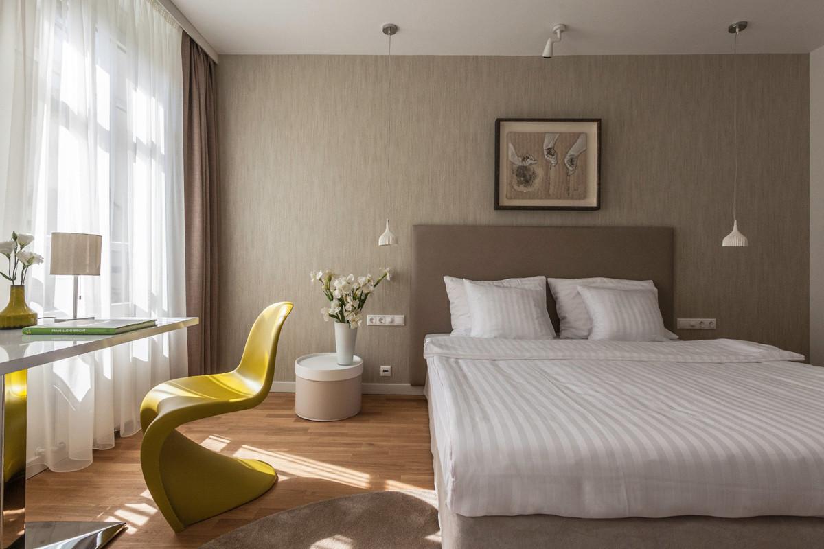 Room at Casati Hotel, Budapest.jpg