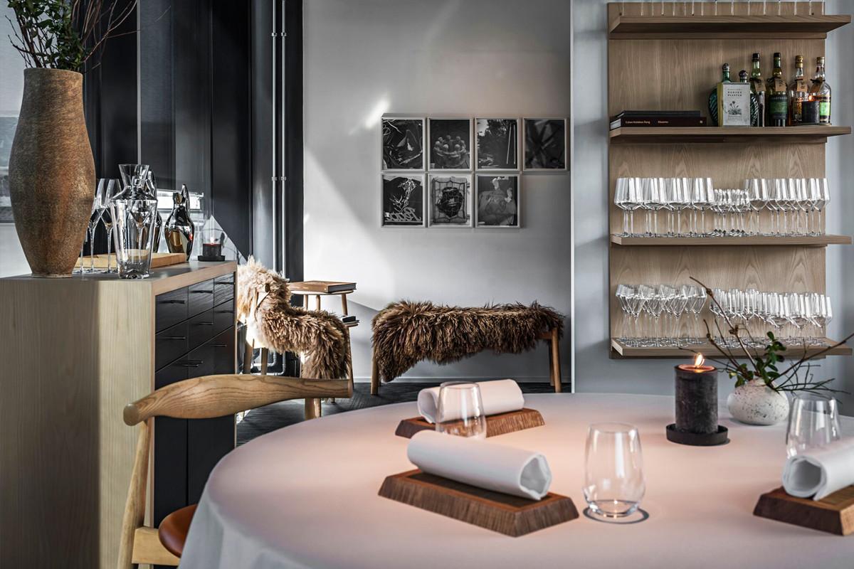 Maaemo Restaurant, Oslo.jpg