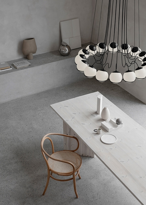 This Flos Limited Edition revives the