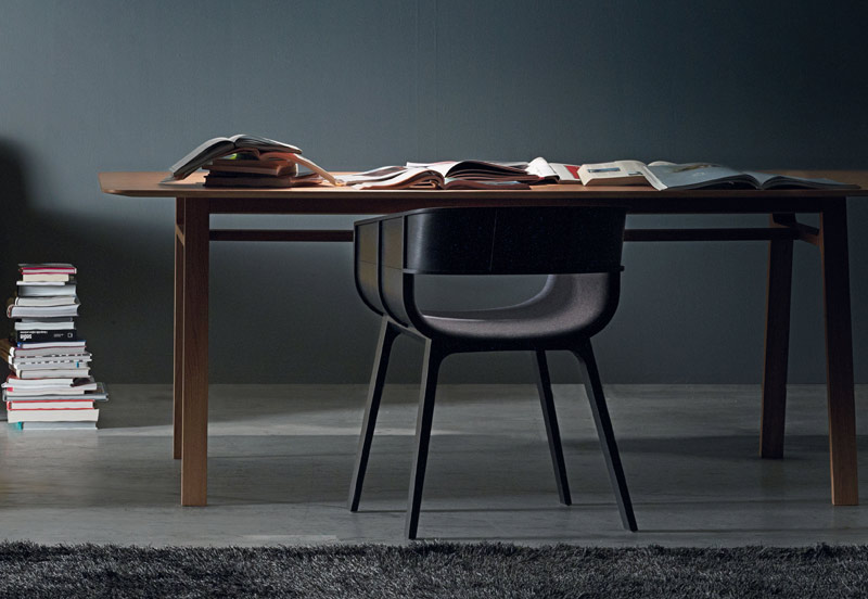 Designer Focus – Benjamin Hubert – Casamania Pontoon Table and Maritime Armchair.jpg