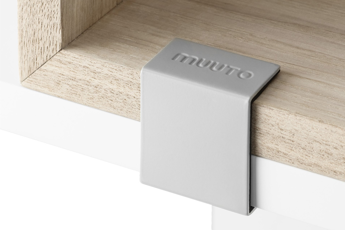 Muuto Stacked Shelving System Clip detail