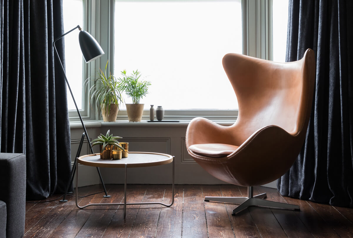 Fritz Hansen Egg Lounge Chair in Tan Leather