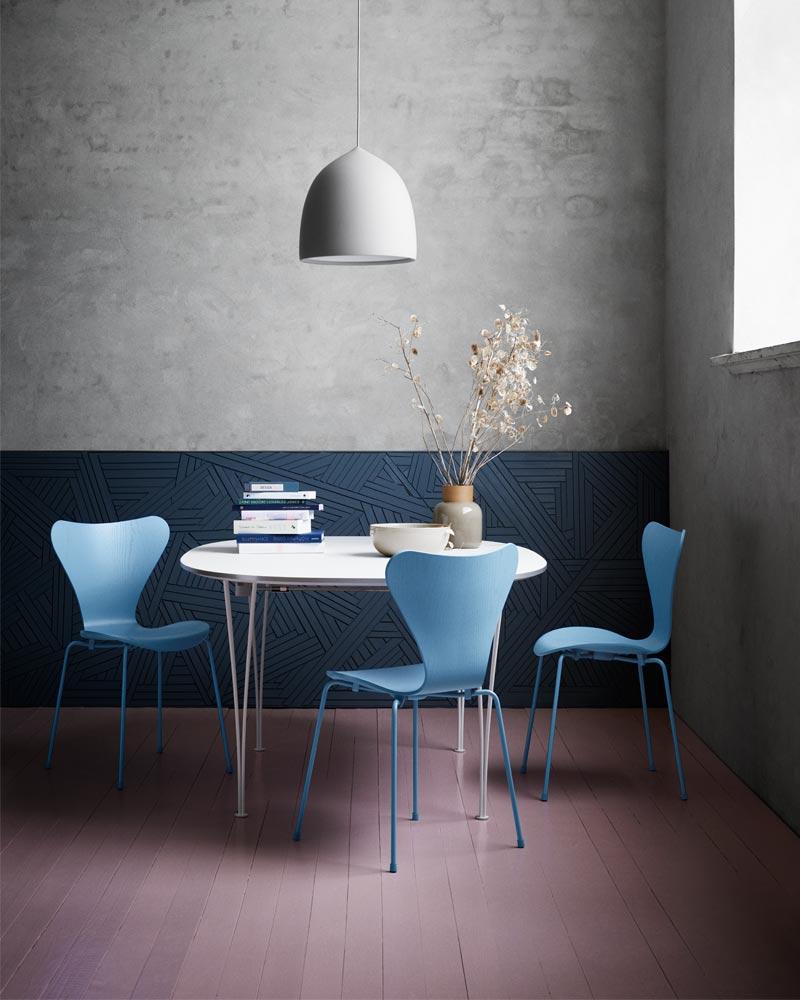 Fritz Hansen Series 7 Monochrome Blue.jpg