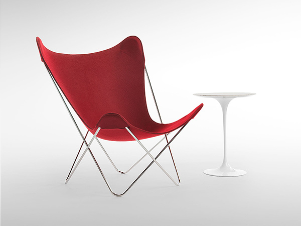 Knoll Studio Butterfly Chair anniversary edition Burgundy with tulip side table