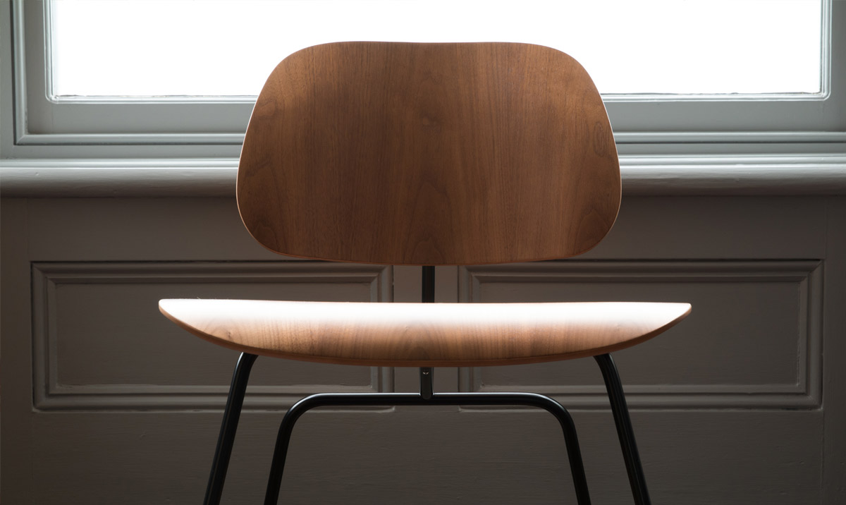 Vitra Limited Edition Eames Walnut LCM Chair Detail