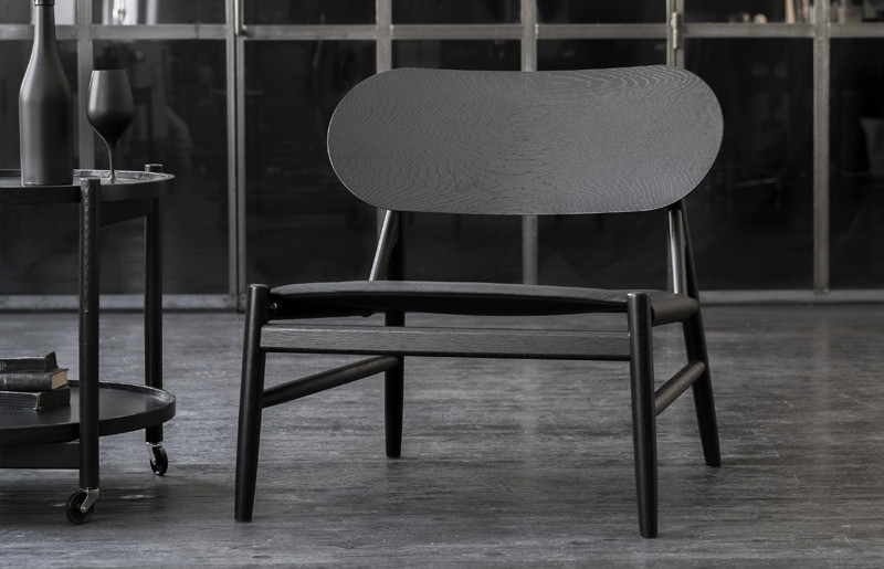 Monochromatic-Design-Ferdinand-Lounge-Chair.jpg