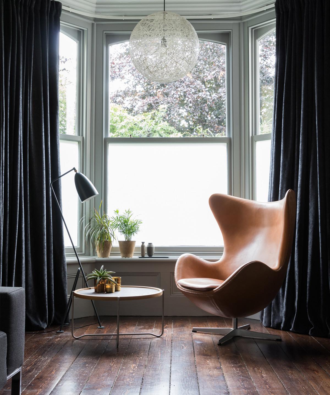 Nestcouk-Top-Design-Picks-Fritz-Hansen-Egg-Chair.jpg