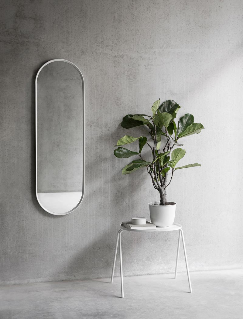 Menu Norm Oval Wall Mirror