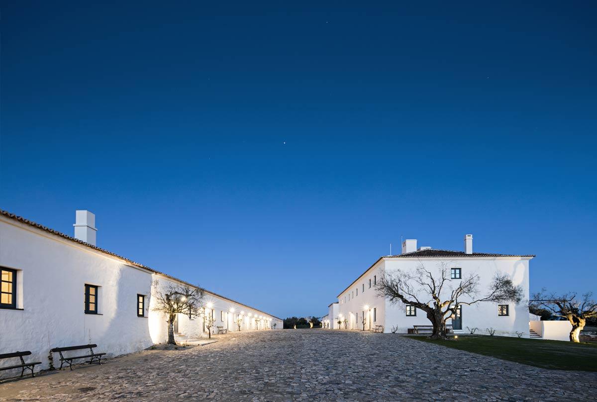 The exterior of Sāo Lourenço do Barrocal, Portugal.jpg