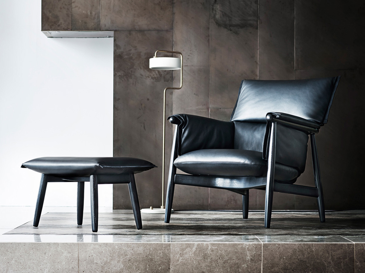 Carl Hansen E015 Embrace Lounge Chair black leather