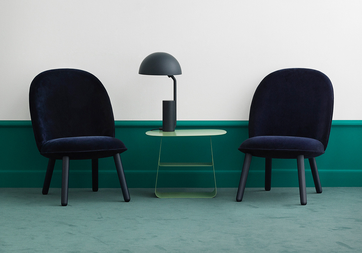 Normann Copenhagen Ace Lounge Chair -Dark Blue Velour