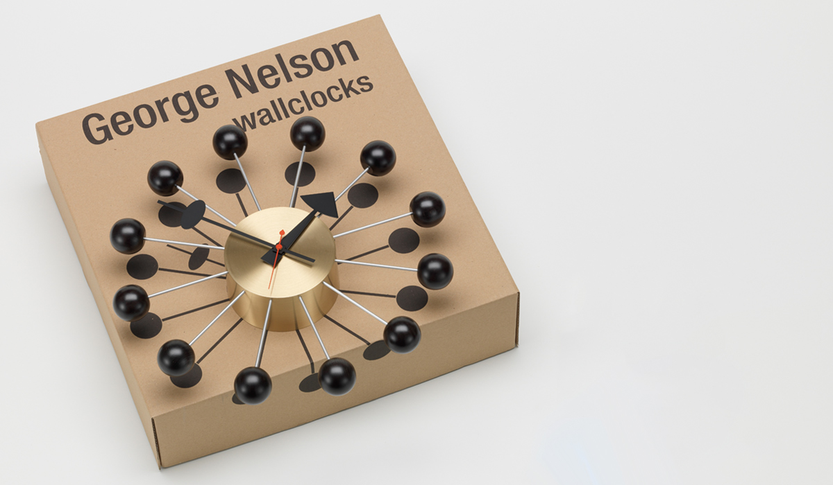 The packaging of the Vitra George Nelson Ball Clock