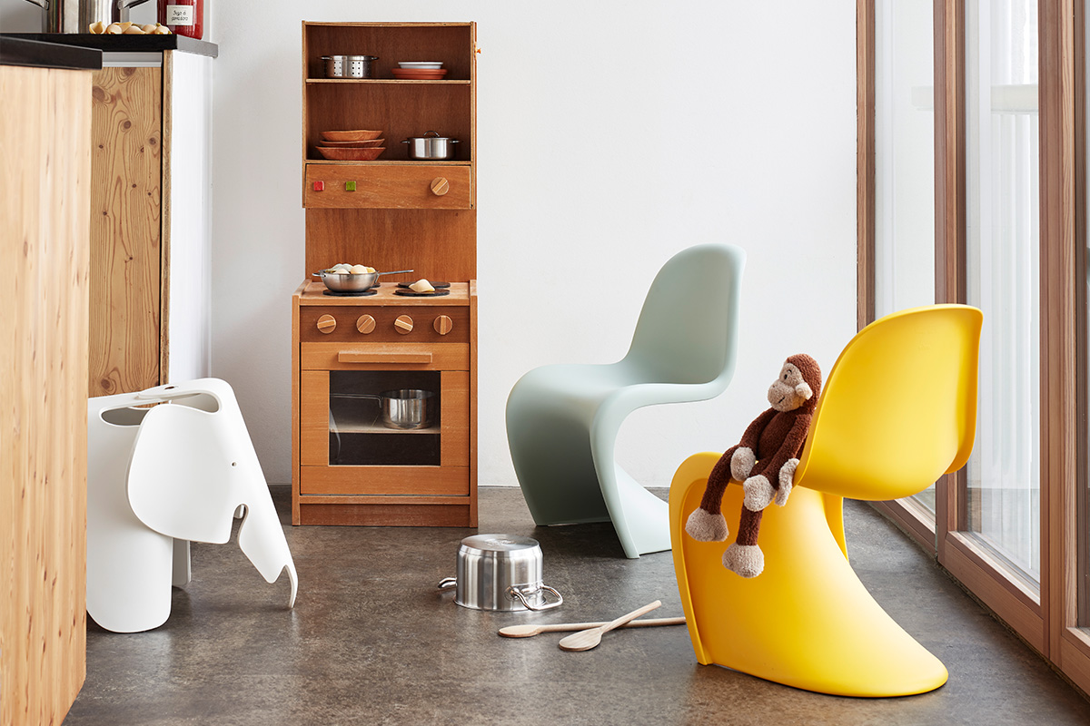 Verner Panton Junior Chair with the Eames elephant