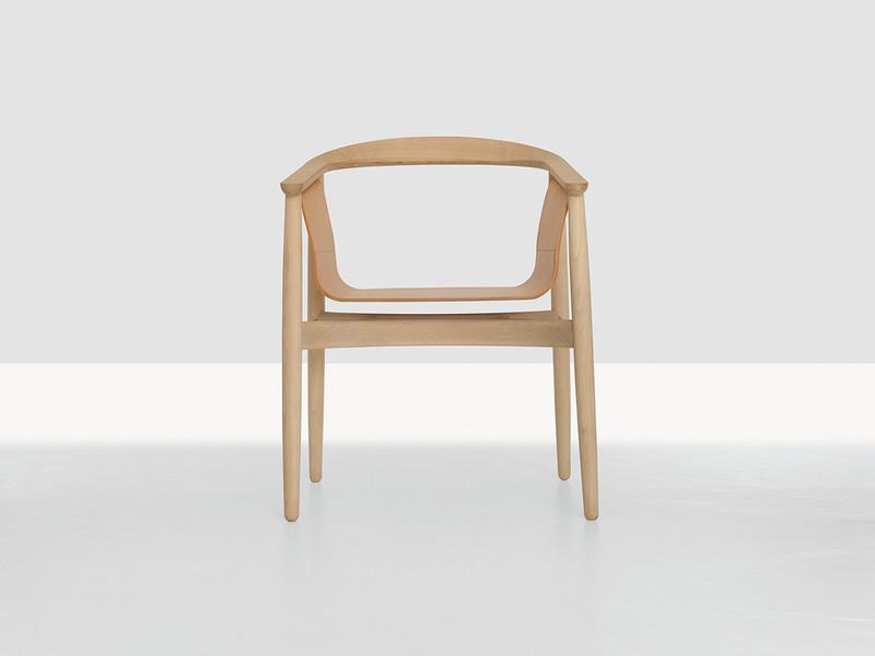 Zeitraum-Pelle-Chair.jpg