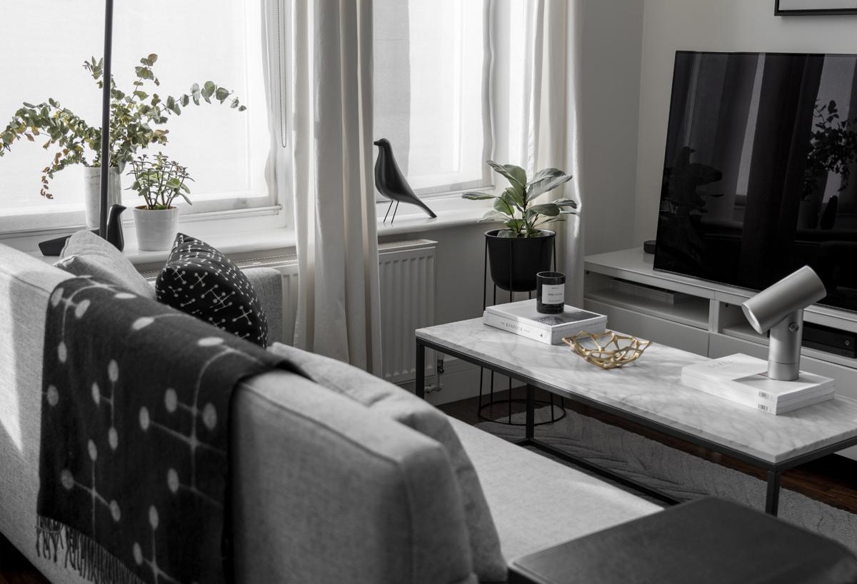 In conversation: Tsun Yuen - Mindful Minimalism - L'Oiseau Ornament Ceramic, Eames House Bird,  Muuto Beam Table Lamp.jpg