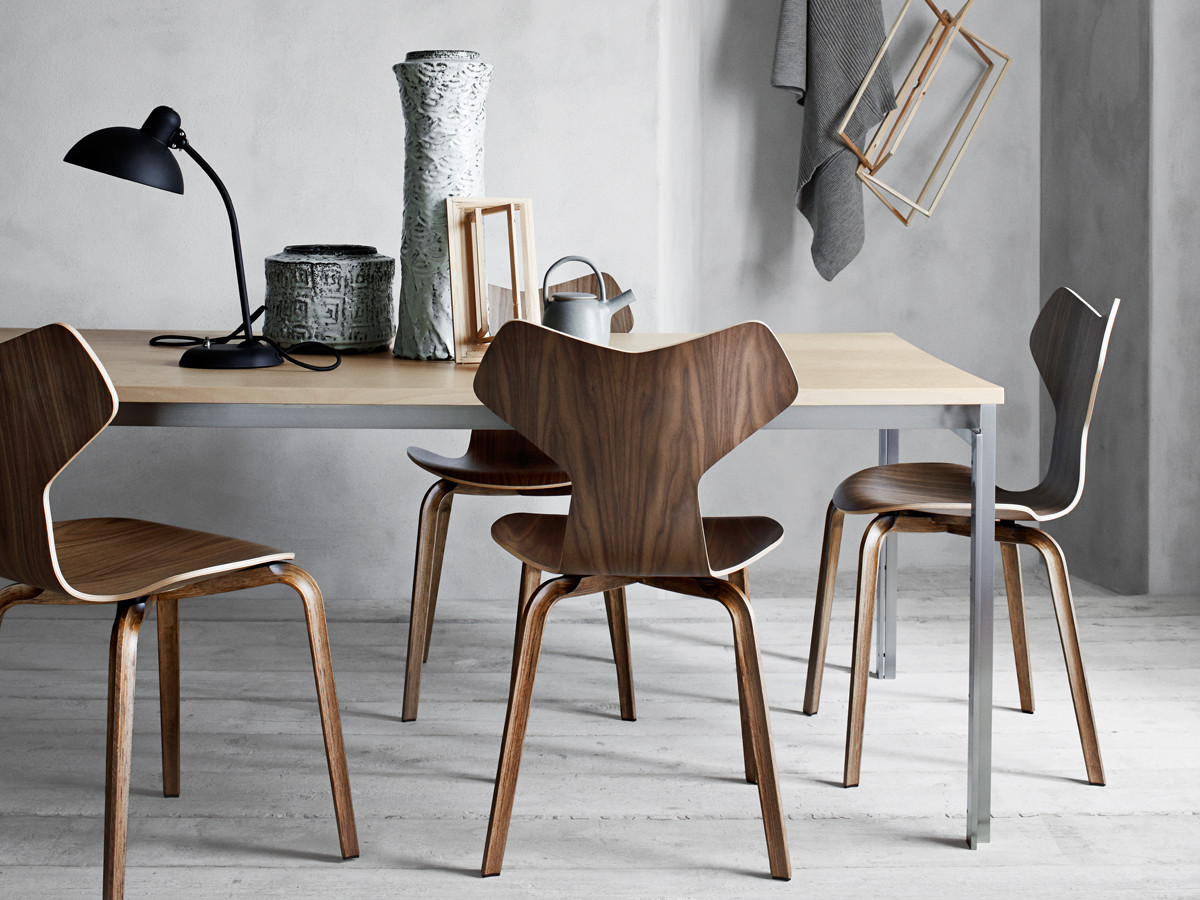 Buy the Fritz Hansen Grand Prix Chair Wooden Legs at Nestcouk