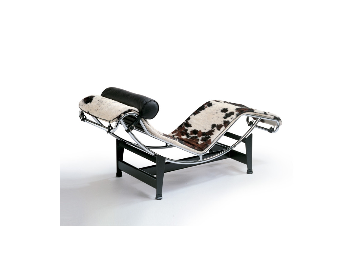 Buy the cassina lc4 chaise longue at for Chaise longue le corbusier precio