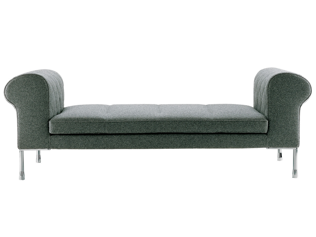 Buy the zanotta 1320 barocco day bed at for Buy chaise longue