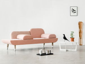 Erik Jorgensen EJ 123 Toward Sofa Pink