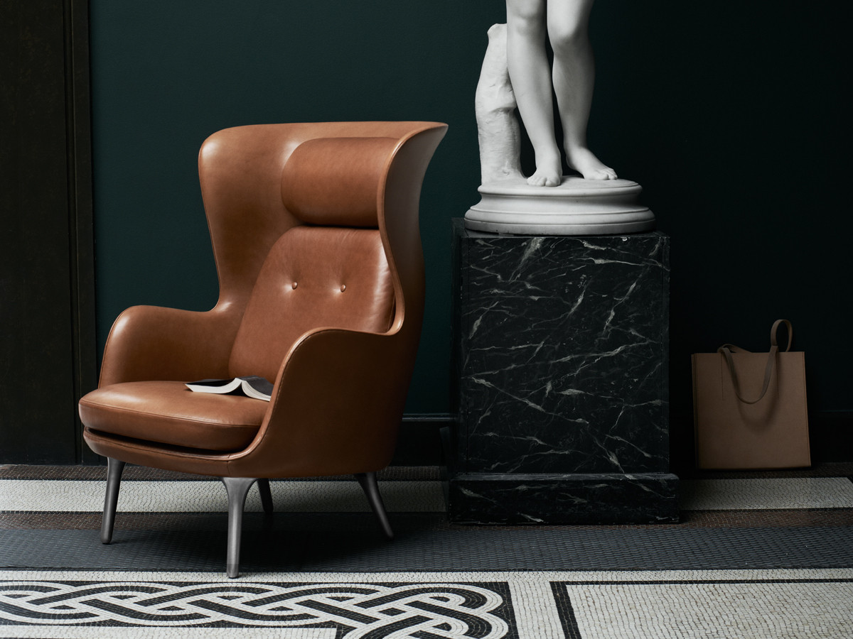 buy the fritz hansen ro easy chair elegance leather at. Black Bedroom Furniture Sets. Home Design Ideas