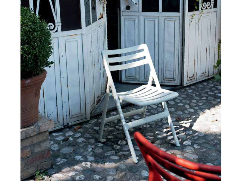 buy the magis folding air chair at nest co uk