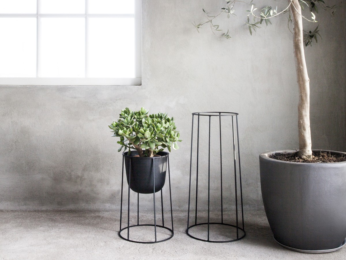 Buy the menu wire plant pot black at for Design indoor plant pots uk