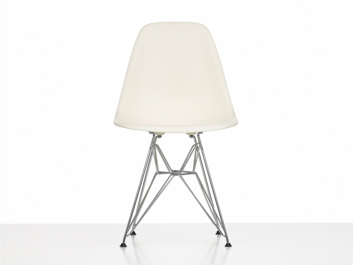 Buy The Vitra Dsr Eames Plastic Side Chair At Nest Co Uk