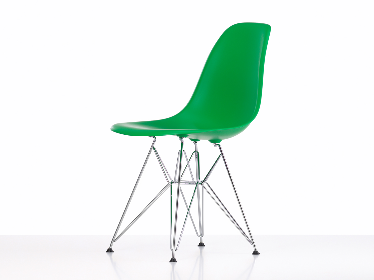 Buy the Vitra DSR Eames Plastic Side Chair at Nestcouk : Vitra DSR Eames Plastic Side Chair Classic Green side from www.nest.co.uk size 1200 x 900 jpeg 149kB