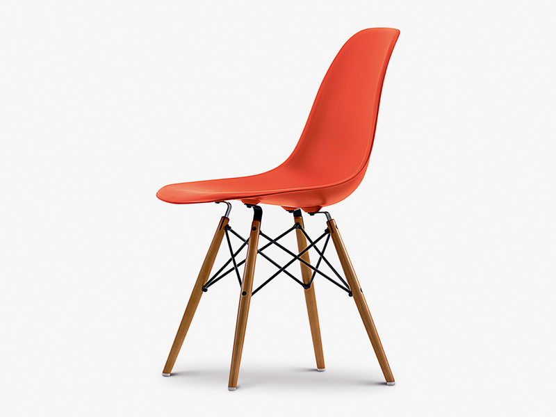 Vitra DSW Eames Plastic Side Chair Golden Maple Base