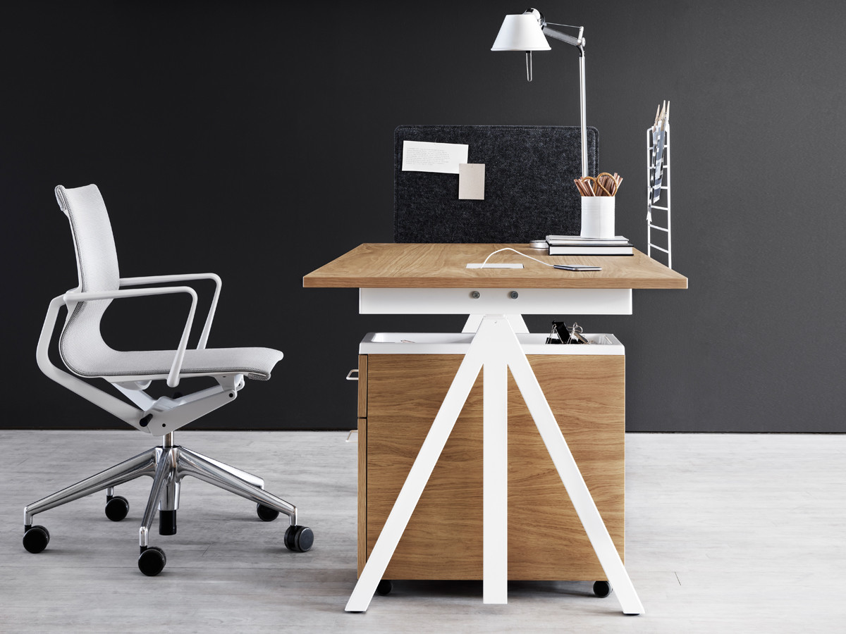 buy the string works height adjustable desk at. Black Bedroom Furniture Sets. Home Design Ideas