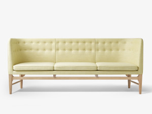 &Tradition Mayor Sofa AJ5 in Sunniva Fabric