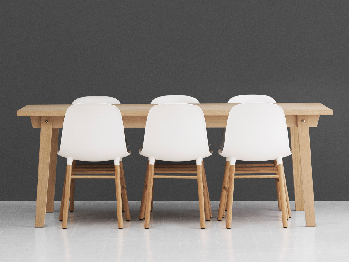 Buy the normann copenhagen form chair at for Table form design