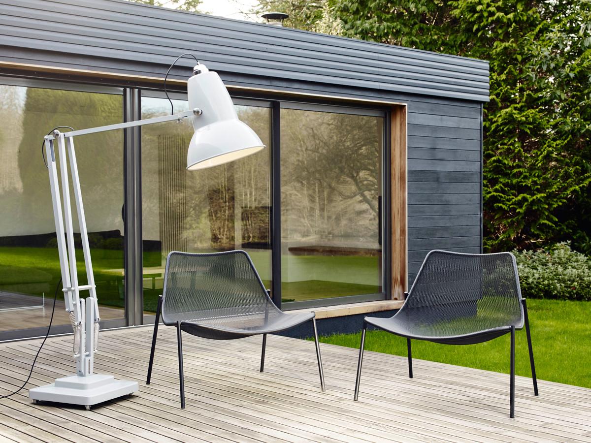 Outdoor Designer Lighting Outdoor Standard Lamps at Nestcouk