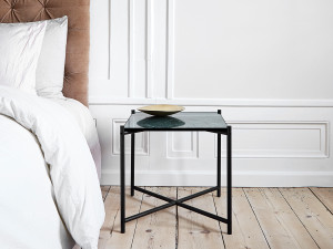 Handvark Side Table