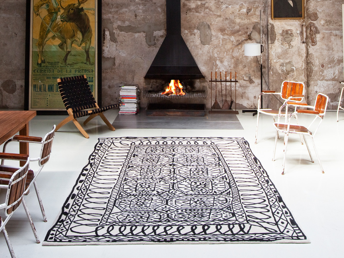 Buy the nanimarquina estambul black on white rug at for Nanimarquina outlet