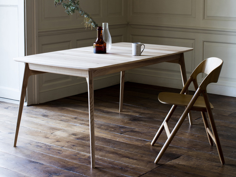 Buy the Case Furniture Dulwich Extending Dining Table at Nestcouk