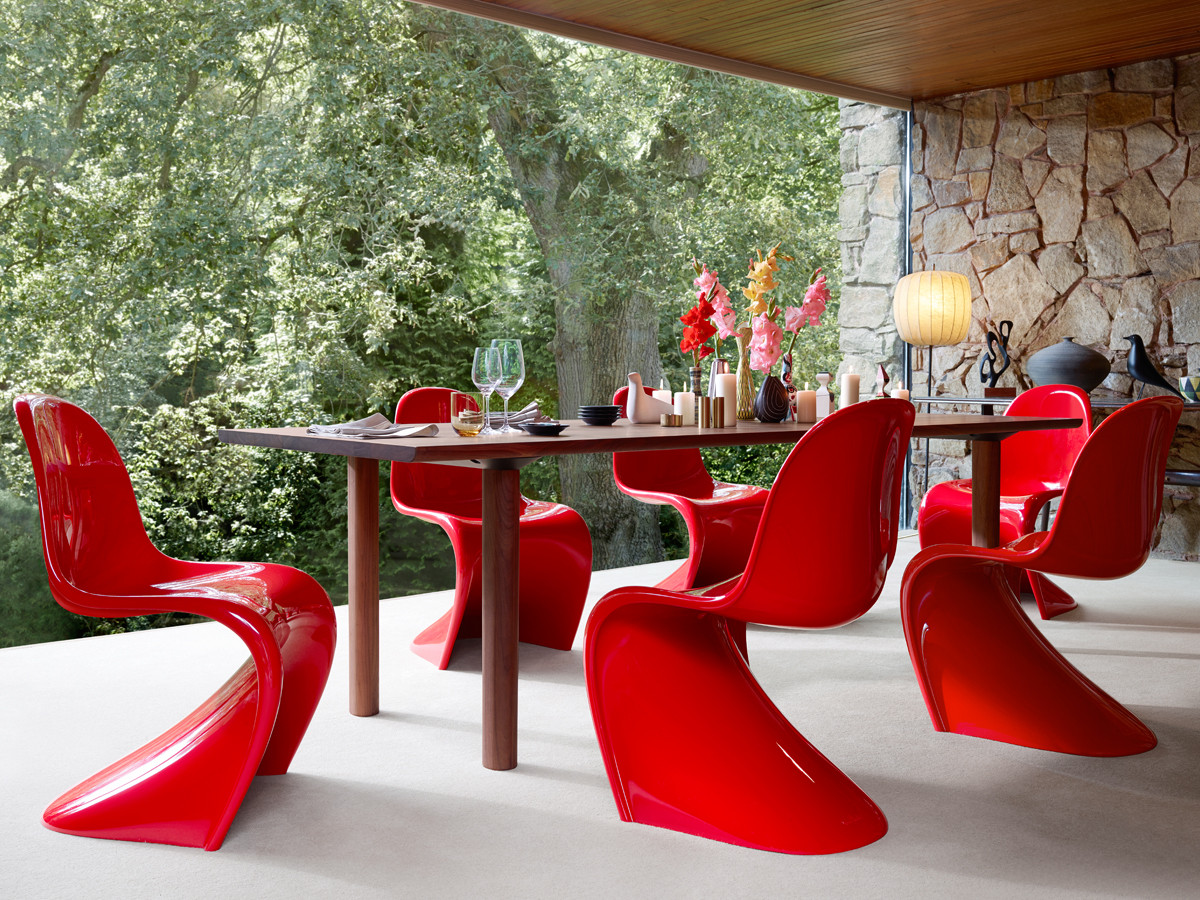 Buy the Vitra Panton Chair Classic at Nestcouk : Vitra Panton Chair Classic red lifetsyle from www.nest.co.uk size 1200 x 900 jpeg 429kB