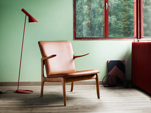 View Carl Hansen OW 124 Beak Chair