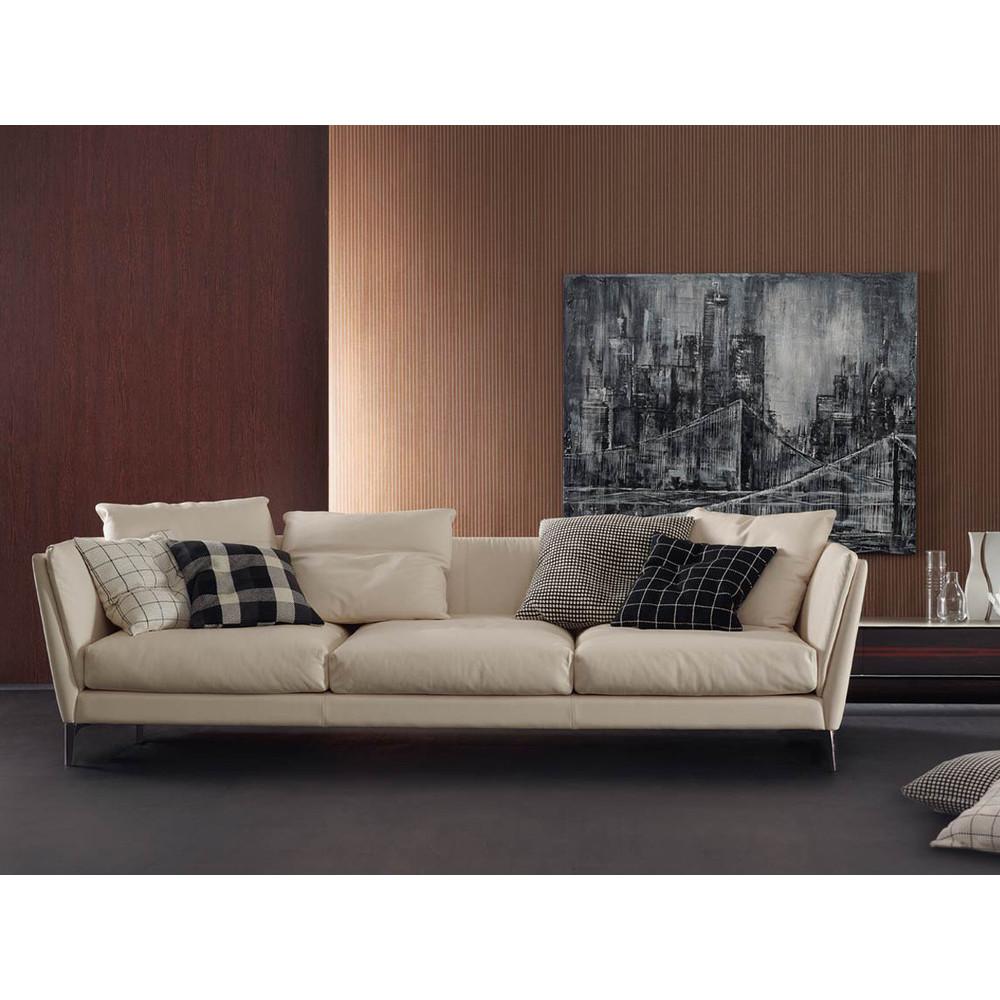 Poltrona Frau.Buy The Poltrona Frau Bretagne Three Seater Sofa At Nest Co Uk