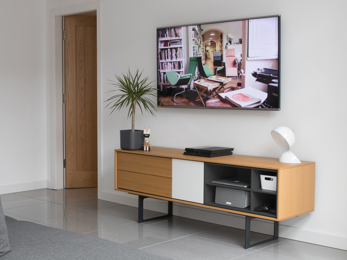 Buy The Treku Aura Tv Media Unit At Nest Co Uk # Meuble Tv Treku