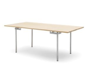 Carl Hansen CH318 Dining Table
