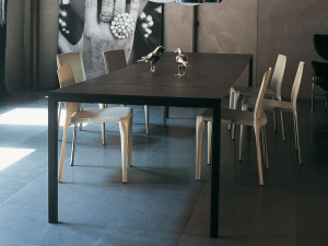 View Cassina 195 Naan Extendable Dining Table