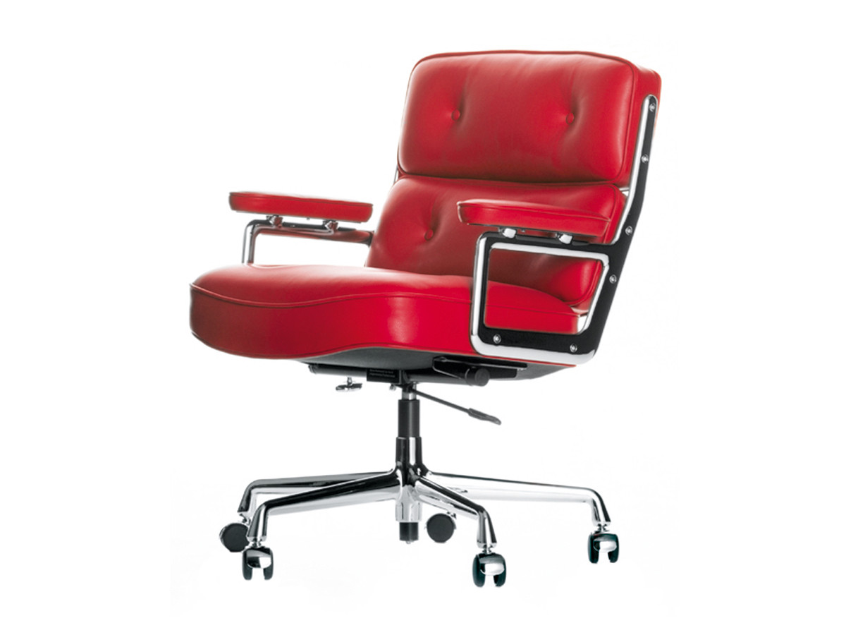 Buy the vitra eames lobby chair es 104 at for Eames chair vitra replica