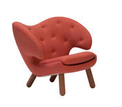 House of Finn Juhl Pelican Chair with Buttons