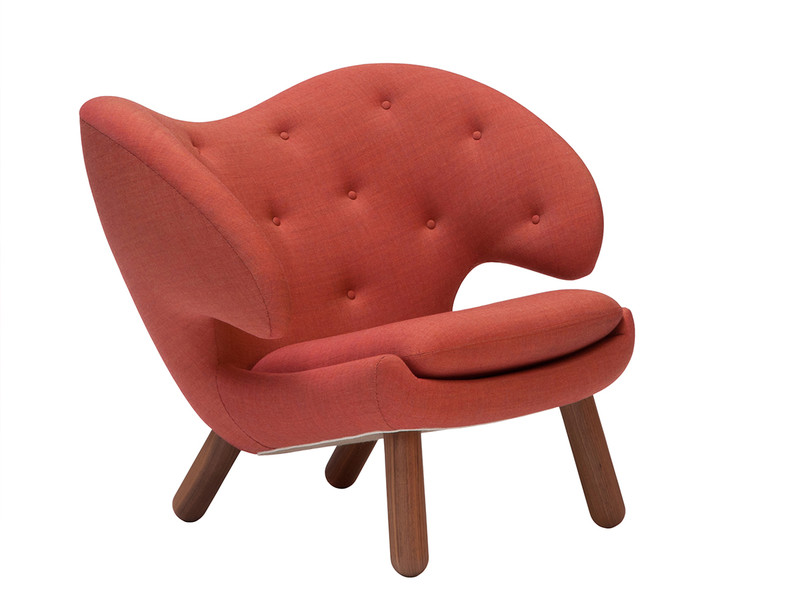 Onecollection Finn Juhl Pelican Chair with Buttons