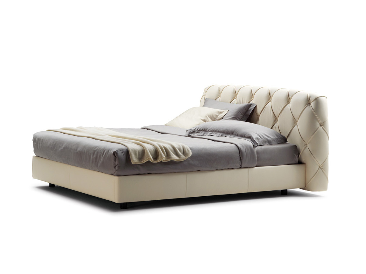 Buy the Poltrona Frau Flair Bed at Nest.co.uk