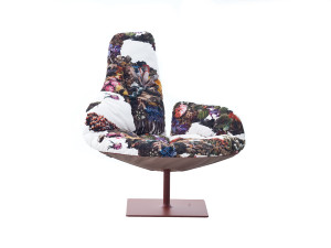 View Moroso Fjord Lounge Chair with Quilt Cover